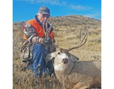 2017-Jim with his Nice Mulie Buck